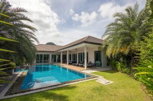 For SaleHouseHua Hin, Prachuap Khiri Khan, Pran Buri : Stunning 3 Bedroom Pool Villa for Sale in Hua Hin Soi 114 SH11419