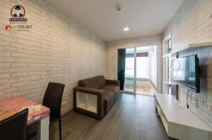 For RentCondoBangna, Lasalle, Bearing : Condo for rent, A Pool Bangna, near BTS Bang Na, 27 sq.m., 5th floor, good price.