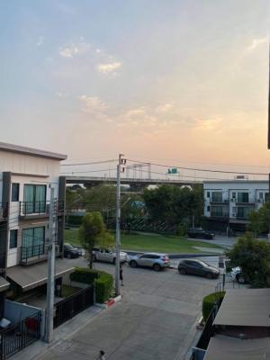 For RentTownhousePinklao, Charansanitwong : For rent Baan Klang Muang Phase 1 Charan-Pinklao.