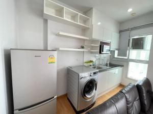 For RentCondoBang kae, Phetkasem : Parkland opposite The mall Bang Khae > Big room 36 sq m. with washing machine 9,500 !!