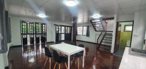 For RentHouseOnnut, Udomsuk : 🏡House for rent🏡🏡Beautiful house for rent. In Soi Sukhumvit 93🏡