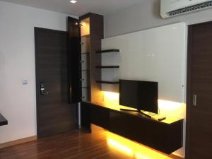 For SaleCondoRatchadapisek, Huaikwang, Suttisan : Urgent sale Ivy Ampio - Ivy Ampio Studio room 33 sq m. with furniture and electrical appliances, corner room, interested call 062-339-3663