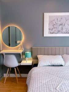 For RentCondoRama 8, Samsen, Ratchawat : Lumpini Place Rama 8 - 1 bedroom, 1 bathroom, 4th floor, size 35 sqm., please @ 0631645447