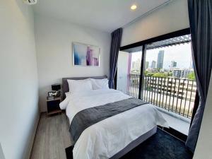 For RentCondoSukhumvit, Asoke, Thonglor : Condo for rent XT Ekkamai  fully furnished (Confirm again when visit).
