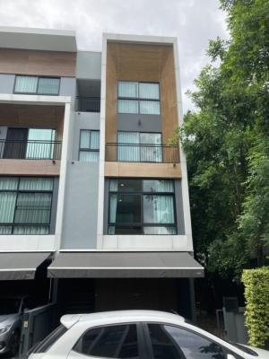 For SaleTownhouseRama3 (Riverside),Satupadit : Urgent sale, behind the corner, new house, very good condition, land area 50.9 sq m, 3.5 storey townhome, Arden Village, Rama 3 Arden Rama3, size 3 bedrooms, 4 bathrooms, very convenient to travel, near BTS Chong Nonsi, near the expressway, price only 21.