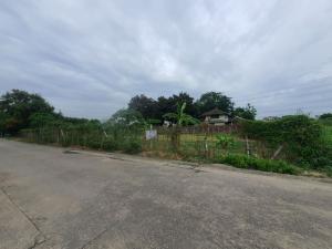 For SaleLandChengwatana, Muangthong : Rectangular land for sale Soi Ngamwongwan 18 (Chulakasem), behind The Mall Ngamwongwan, area 1 rai 18 square wa