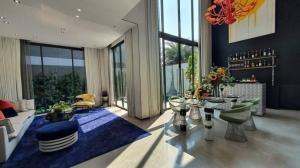 ขายบ้านสุขุมวิท อโศก ทองหล่อ : Selling : Ultra Luxury house in Ekamai - Ramintra with Full Furnisher with Private Pool   📌 Usage Area Rang :  427 - 737 sqm  📌 Land Area Rang : 80 - 112 sqm  📌 Room Type : 3 - 5 bed & 5 - 7 bath , 1-2 Maid Room  📌 P
