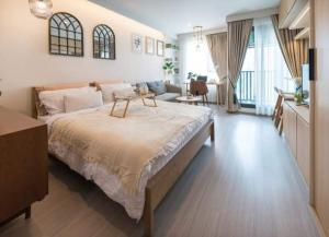 For RentCondoLadprao, Central Ladprao : Condo for rent Life Ladprao💥built-in, beautiful, good price💥, fully furnished, complete electrical appliances One bag can go in.Size 29.5 sq.m., Floor 12A, Building A💰 Rental price: 15,000 baht / month