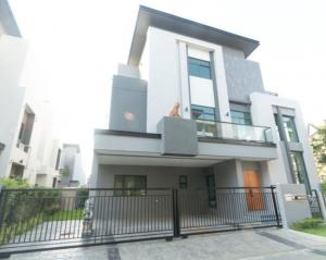 For RentHouseOnnut, Udomsuk : For Rent 3-storey detached house for rent, new project, The Gentri Village, Sukhumvit 101 (Punnawithi), new house, air conditioner 10, best location.