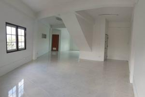 For RentShophouseVipawadee, Don Mueang, Lak Si : Commercial building for rent, Don Mueang, 3- and half-storey building.