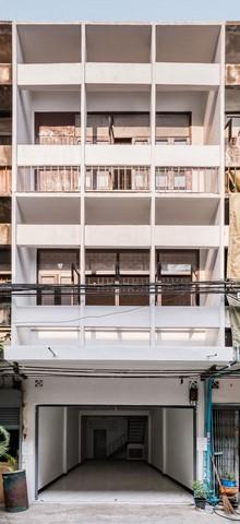 For RentShophouseSathorn, Narathiwat : RP105 3-storey building for rent, 2 bedrooms, 3 bathrooms, Soi Chan 18, Sathorn, Narathiwat Ratchanakarin.
