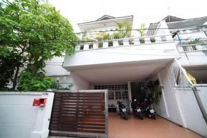 For RentHouseSukhumvit, Asoke, Thonglor : Single house for rent, Ekkamai, fully furnished.