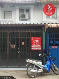 For SaleTownhouseSamrong, Samut Prakan : Townhouse for sale, Thawee Thong 1, Thepharak-Bang Mueang, Samut Prakan.