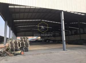 For RentWarehouseMahachai Samut Sakhon : Factory/warehouse for rent, 1,400 sq m., Om Noi Subdistrict, Krathum Baen District, Samut Sakhon Province