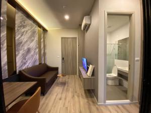 For RentCondoKasetsart, Ratchayothin : [For rent] Knightsbridge Prime Ratchayothin, beautiful room, fully furnished. 27 sqm. 14000 baht/month near BTS Phahon Yothin 24