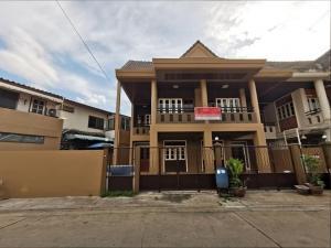 For RentTownhouseKasetsart, Ratchayothin : LBH0160 Townhome for rent, 2 floors, Badinthararaksa Village 4, near BTS Khu Bon.