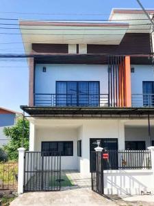 For RentTownhouseChiang Mai : Modern style townhome for rent, near Kad Warun (Warun Market), Pa Daet, Chiang Mai airport