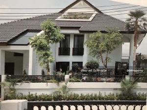 ขายบ้านสุขุมวิท อโศก ทองหล่อ : ขายบ้าน โนเบิลเฮ้าส์ ทองหล่อ ทำเลทอง ขายที่ดินแถมบ้านเดี่ยว 3 ชั้น  (ออกแบบบ้านโดย นักออกแบบบ้านแนวหน้าของเมืองไทย)