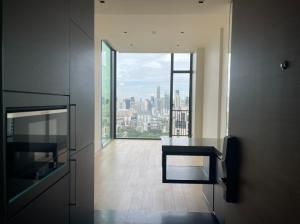 For SaleCondoWitthayu,Ploenchit  ,Langsuan : Sale 1 bedroom, 1 bathroom, 24th floor, size 43 square meters, special price 13,900,000 Jewel Box rooms