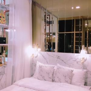 "For RentCondoRama9, RCA, Petchaburi : 🚨 THE LINE RATCHATHEWI 🚨 ""Hot deal!!! "" STUDIO 28 sq.m. Floor 24 : Price 18.9K"