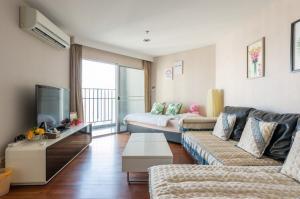 "For SaleCondoRama9, RCA, Petchaburi : 🚨 BELLE GRAND RAMA 9 🚨 ""Hot deal!!! "" 2 bed 1 bath 59 sq.m. : Price 8.5 mb"