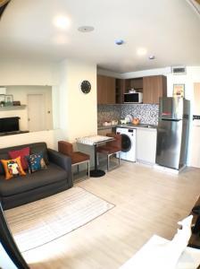 For RentCondoRangsit, Patumtani : Rent/Sale Kave condo 2 bedrooms 15000 baht