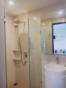 For RentCondoRama9, RCA, Petchaburi : ***Room available for rent*** Condo Rhythm Asoke 1