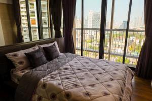 เช่าคอนโดสุขุมวิท อโศก ทองหล่อ : 🔥ให้เช่าที่่พักใกล้ BTS พร้อมพงษ์ คอนโดPark24 ตึก2 แต่งครบพร้อมอยู่ ห้องสวย เดินทางสะดวก 🔥