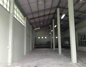 For RentWarehouseNakhon Pathom, Phutthamonthon, Salaya : For Rent Rent a warehouse, house and office, Phutthamonthon Sai 2, Soi Reap Khlong Bang Phrom Road, very good location, land plot 357 square wa, total usable area 486 square meters, trailer 20 feet, accessible.