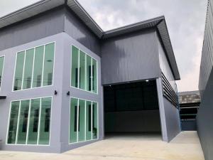 เช่าโกดังอ่อนนุช อุดมสุข : รหัสC4178 ให้เช่าโกดังพร้อมสำนักงาน 2ชั้น เพิ่งสร้างเสร็จพร้อมใช้งาน ถนนพัฒนาการ ประเวศ