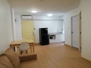 For RentCondoRamkhamhaeng, Hua Mak : Condo for rent, Lumpini Bodindecha, Building D3, 8th floor, area 35.5 sq.m., new room, new furniture.