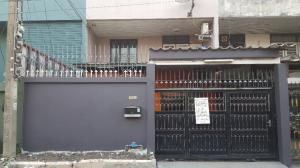 For RentTownhouseRamkhamhaeng, Hua Mak : H463-Townhouse for rent, 2 floors, Decha Village, Ramkhamhaeng 26/1 (empty house), convenient to travel in many channels. Ready to move in,