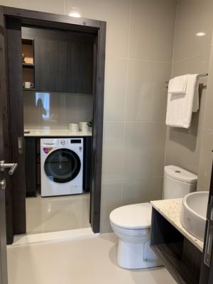 For SaleCondoRatchadapisek, Huaikwang, Suttisan : Luxury condo for sale, next to MRT Huailwang, Huai Khwang 75 m. MRT Huai Khwang 1 bed 35 sq.m., price 4,390,000 baht (last room)
