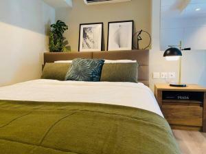 For RentCondoSapankwai,Jatujak : 2352-A😊 For RENT Rent 1 bedroom Duplex🚄 near BTS Saphan Khwai 🏢 The Reserve Phahol-Pradipat 🔔 Area: 38.00 sq m. 8.00 Rent:19,000฿📞O86-454O477,O99 -5919653✅LineID:@sureresidence