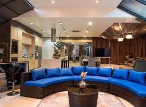 For RentHouseSukhumvit, Asoke, Thonglor : 🏦Luxury house for rent, Ekkamai 22, private safe house