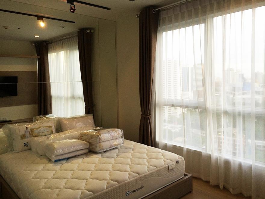 เช่าคอนโดสุขุมวิท อโศก ทองหล่อ : (เจ้าของ) ให้เช่า Condo HQ Thonglor ใกล้ BTS ทองหล่อ 50 ตร.ม 1 ห้องนอน ชั้น22 วิวเมือง ห้องสวย ตกแต่งครบ