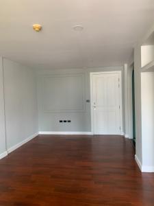 For SaleCondoSukhumvit, Asoke, Thonglor : Condo for sale: Condo 49 Plus, Renovated Room, size 50 sq m., 5.9 MB (Free transfer fee)