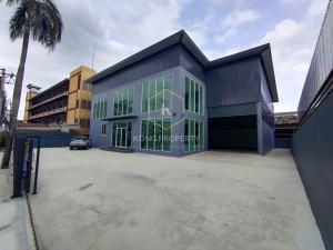 For RentWarehousePattanakan, Srinakarin : Warehouse for rent with office, new construction, 450 sq.m., Phatthanakan Road, Prawet, Bangkok.