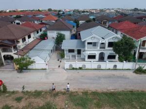 For RentHouseVipawadee, Don Mueang, Lak Si : House for Rent at Village Burapha 12, Don Mueang, near Sri Saman Expressway Khlong Prapa Road, Songprapha Road