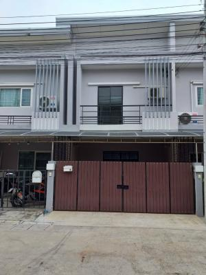 For SaleTownhouseNawamin, Ramindra : Townhome 2 floors #The Exclusive Village (The Exclusive) Khubon along the motorway Newly decorated with good materials throughout.