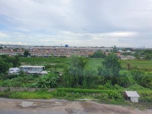For RentCondoLadkrabang, Suwannaphum Airport : For rent, Lumpini Romklao, Building B2, good view, new bed, very nice