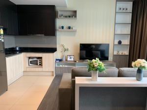 For RentCondoSukhumvit, Asoke, Thonglor : For rent Edge Sukhumvit 23 /2beds2baths/65sqm / 50,000