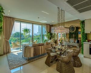 For SaleCondoPattaya, Bangsaen, Chonburi : Condo Wong Amat Beach, 2 bedrooms, 9.3 million baht, fully furnished, ready to move in
