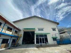 For SaleWarehouseSamrong, Samut Prakan : Factory/warehouse for sale, size 1 rai, Phraeksa, Samut Prakan (next to owner)