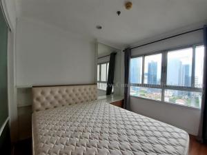 For RentCondoRama9, RCA, Petchaburi : Condo for rent, Lumpini Place Rama 9-Ratchada 10,000 baht.