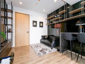 For SaleCondoSapankwai,Jatujak : BEST DEAL !! 1 bedroom 34.67 sq.m. The Line Chatuchak-Mochit 700 rai garden view condo