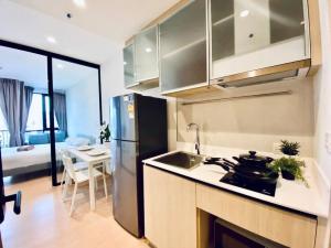 เช่าคอนโดสุขุมวิท อโศก ทองหล่อ : คุ้มที่สุดในโครงการ ปล่อยเช่า出租1臥素坤逸上流精裝豪華公寓1B 30sqm Rent🔥Maru Ekkamai 2🔥 23.5K 📍BTS Ekkamai