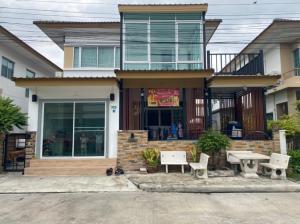 For SaleHouseSamrong, Samut Prakan : House for sale at Atoll Maldives Beach Srinakarin-Wongwaen, 35 sq.wa., near Suvarnabhumi Airport.