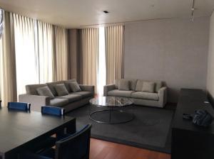 For RentCondoSathorn, Narathiwat : Condo for rent The Sukhothai Residence Type 3 bedroom 4 bathroom Size 240 sq.m. Floor 10
