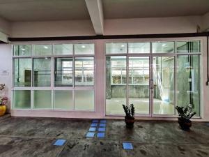 For RentOfficeOnnut, Udomsuk : Office Space for Rent: 30sqm in Sukhumvit 93- safe/quiet/convenient